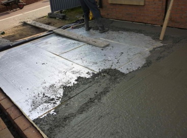 долить бетон
